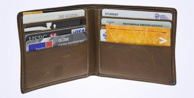 Vinco in a wallet