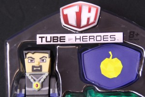 Clubit unboxes AntVenom action figure!