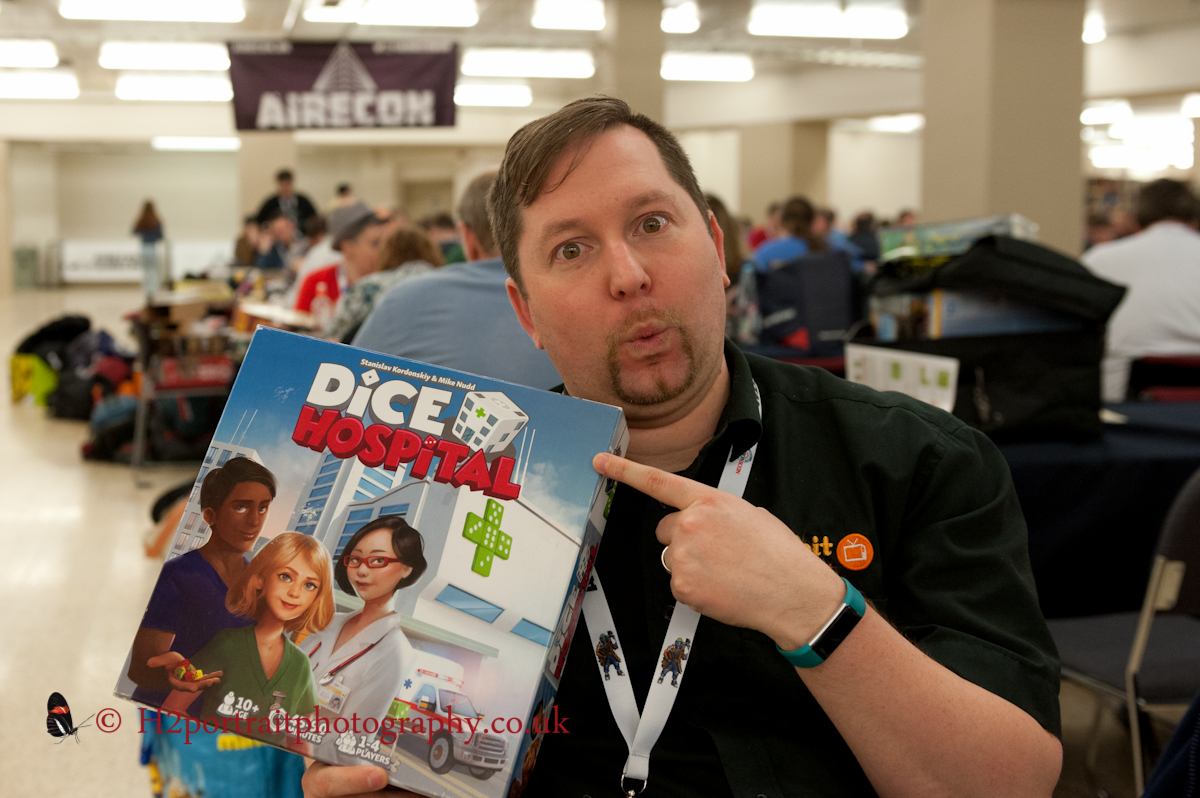 Airecon 2018, dice hospital board game